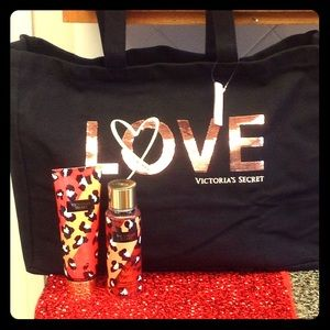 💜VS Love Tote with Wild Vanilla